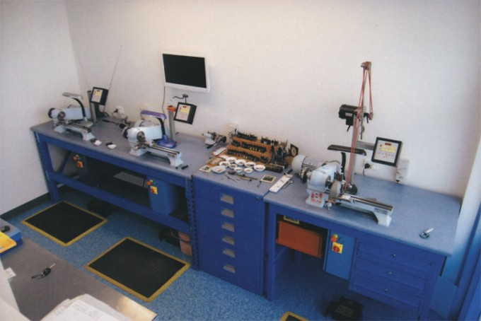 Dunedin Dental Attachments - Finishing Workstations